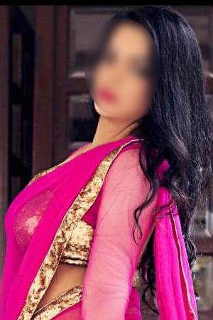 Busty Indian London escort SNEHA - Edgware Road NW8